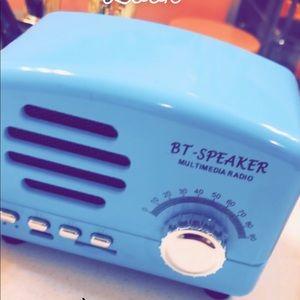 Vintage Inspired Bluetooth Wireless Speaker